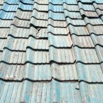 セメント瓦の屋根を葺き替え工事をする価格相場&5つのリフォーム時の注意点!